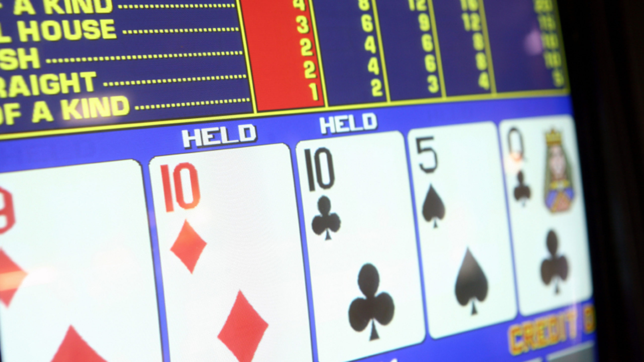 two tens held on video poker screen